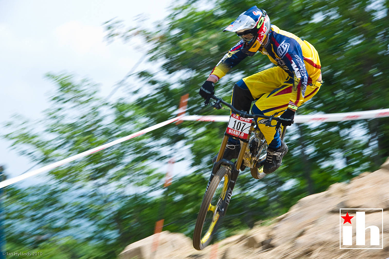 Canadian shredder Steve Smith qualified 4th for DH...