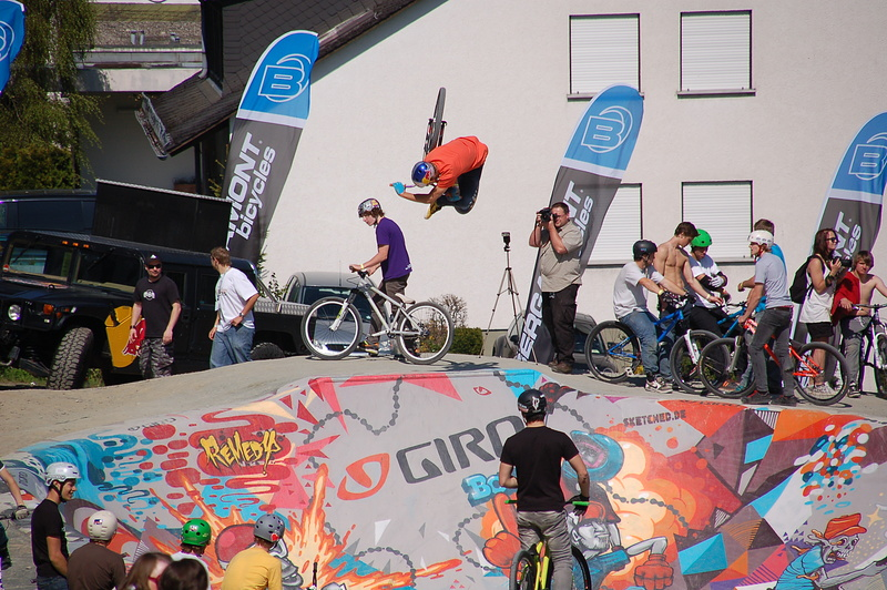 inverted Tabletop out of the Giro Bowl