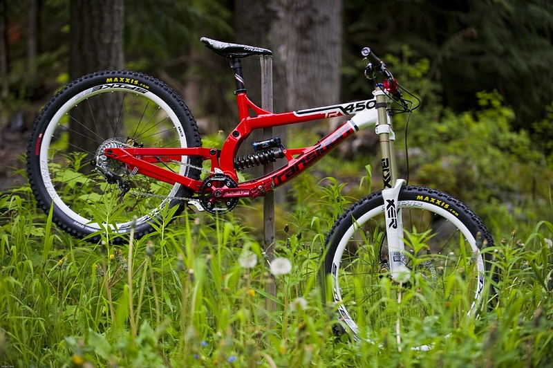 Mint Transition TR-450...simply awesome! Just one of the bikes campers get to ride this summer at The Camp of Champions.