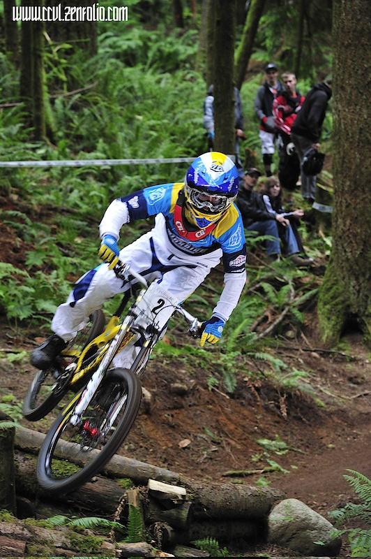 Tyler Gorz pinning off the jump