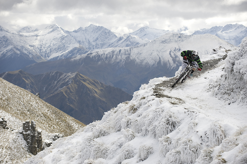 Queenstown local Jarna MacKenzie ripping it up on the slightly off-season, slighty frosty Coronet Peak DH track.