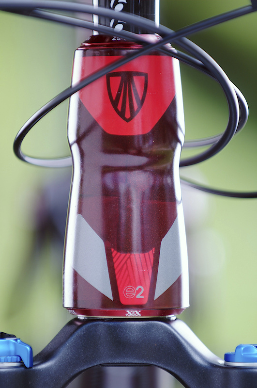 All the Remedy models, including the carbon framed 9.9 you see here, use a tapered E2 headtube