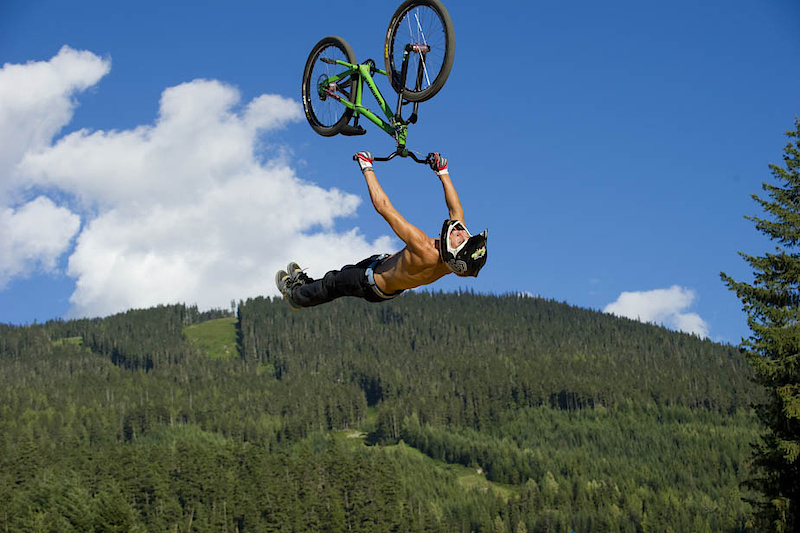 """Hitting the 365 Sports Big Air Bag at The Camp of Champions Compound. The Compound has a mulch pit, dirt jumps, the 365 Sports Big Air Bag as well as street obstacles, and a 4000 sq foot tent filled with a 48 foot wide mini ramp, pool, ping pong and foosball tables 60"""" flatscreen for Halo and a 2500 watt sound system. All just for COC campers"""