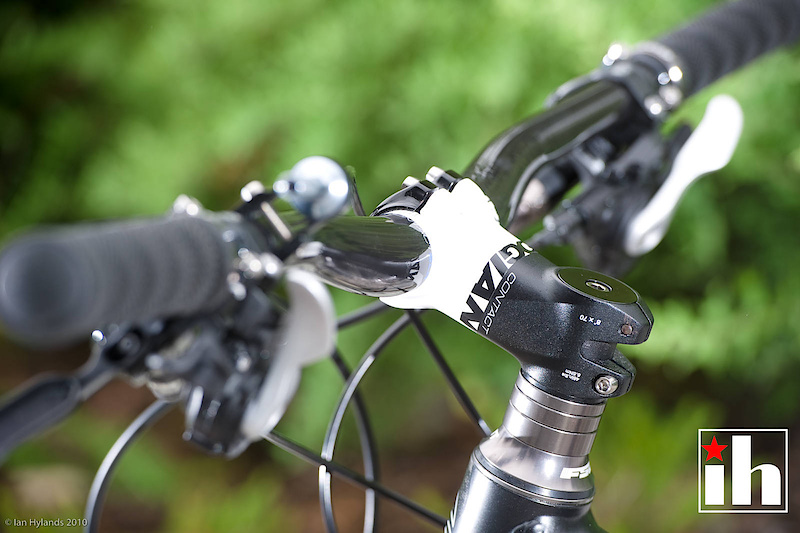 Giants new Contact system - bar stem combo