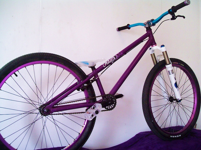 eastern traildigger with chromag bars, straightline stem and bar ends, diety lock on grips, and fox float rlc