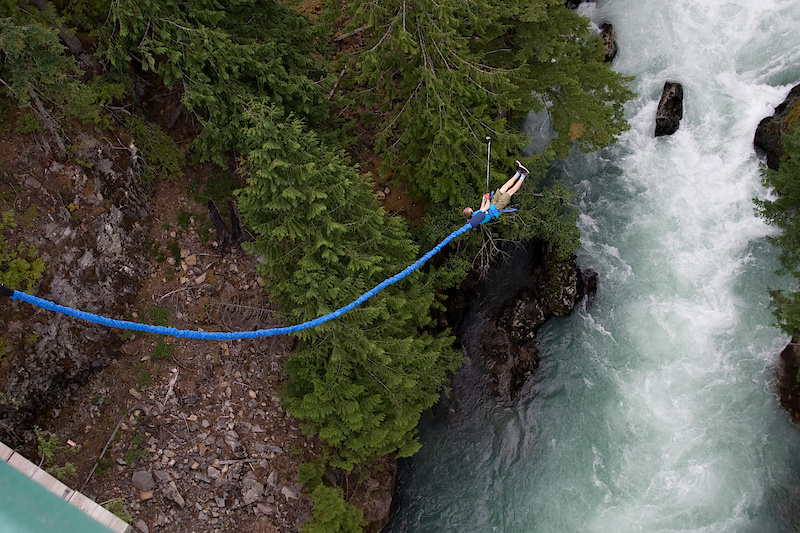 What better way to cool down then with some bungee jumping?