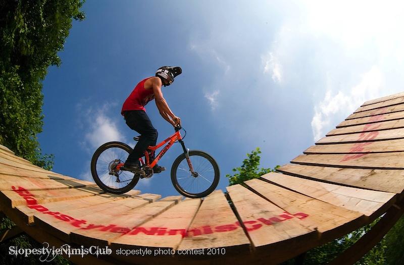 rider: nicola pescetto ph: jan pirnat