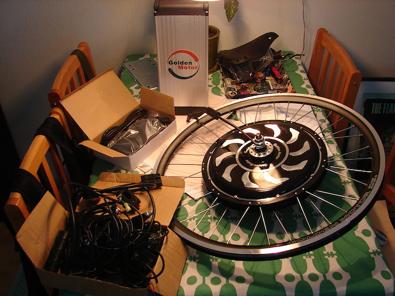 """Parts which I've been waiting for 3 months. Now that I have these I can finish this bike. Hub came with 26"""" rim, but I'm gonna but Rigida DHL 80 rim with that hub."""