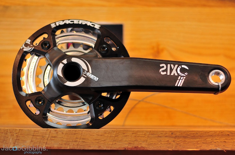 SIXC cranks. While not a new product for 2011, these beauties deserve some attention regardless. Aimed at the lucrative and ever demanding All Mountain market, they are made using Race Face's Optimized Carbon Technology and  fitted with a steel axle. The ring options on these are 22/32 combo, a 24/36 and bash guard for those looking for a bit more ground clearance and not the top end gearing, as well as a model with a traditional big 'ol 44 tooth ring. Despite being designed to easily stand up to anything that you'd ever want to do on your 6