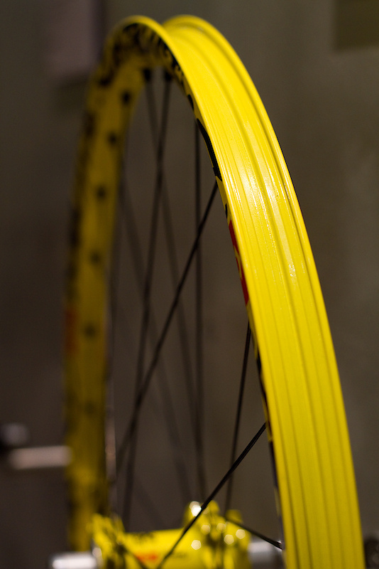 A fully sealed UST rim makes for an easy tubeless set up.