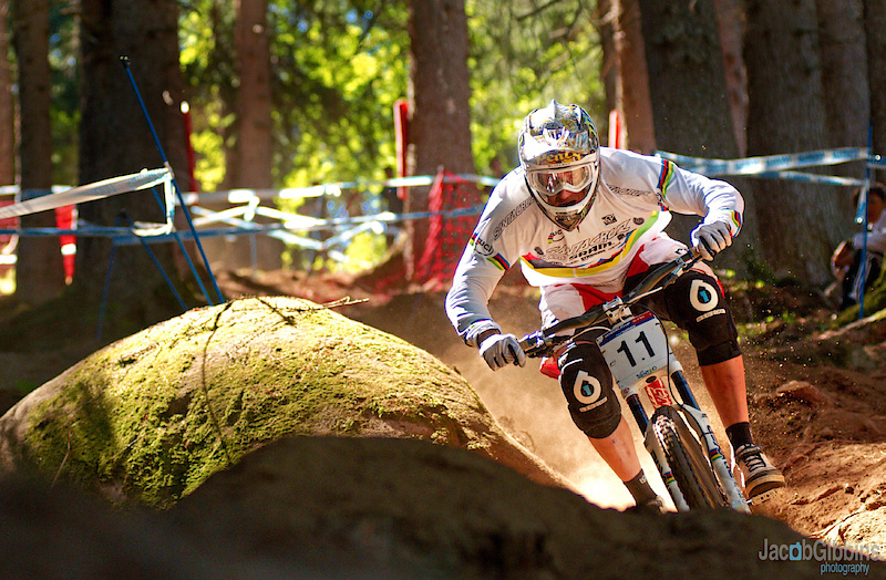 A shot I was holding back of Peaty pinning at Val Si Sole WC this season, can he do it again this weekend ?  www.JacobGibbins.co.uk