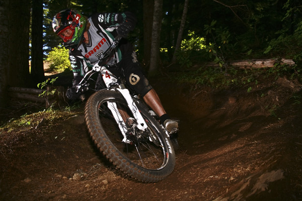 35 Year Old Nathan Riddle set out to win the Fluidride Enduro title and took matters seriously by riding to his full potential in 2010 Photo By Carl Warren