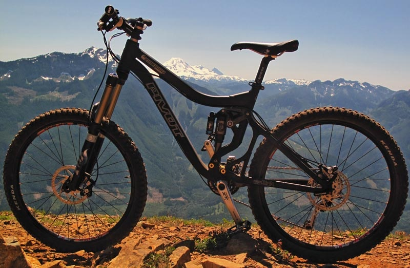 The Firebird, designed in conjunction with downhiller Kevin Tisue, is Pivot's fourth frame model introduced in 2009. Having 6.7inches of rear travel, weighing it at 31lbs, this is Pivot's first long travel trail bike. Is it good enough for a one bike quiver? The Pivot high above the Chilliwack River valley. A long hike for a short, but incredible descent.