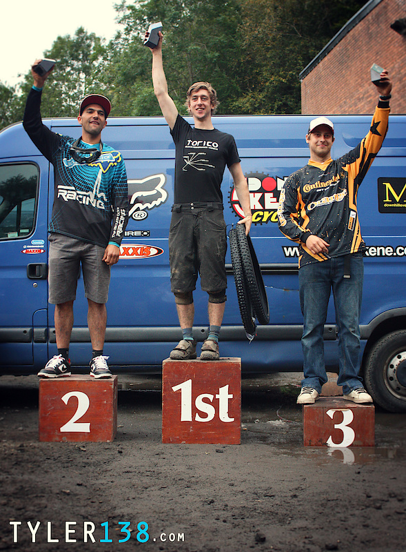Elite Podium for Overall '10 Series