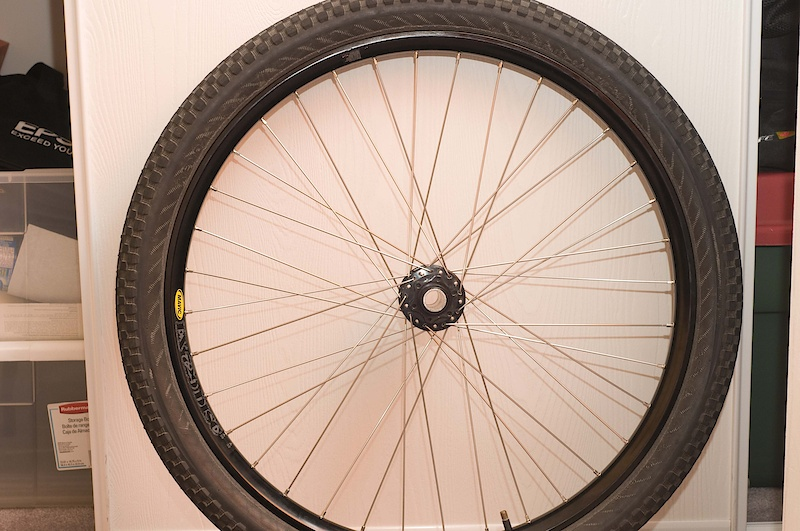 finally got my new front wheel. this gives me 729s front and back
