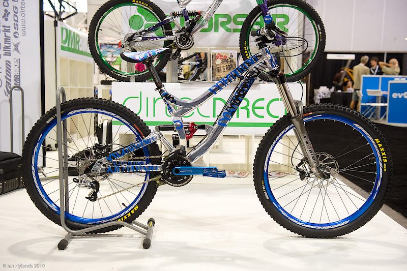 Corsair Dominion set up as a short travel slopestyle bike