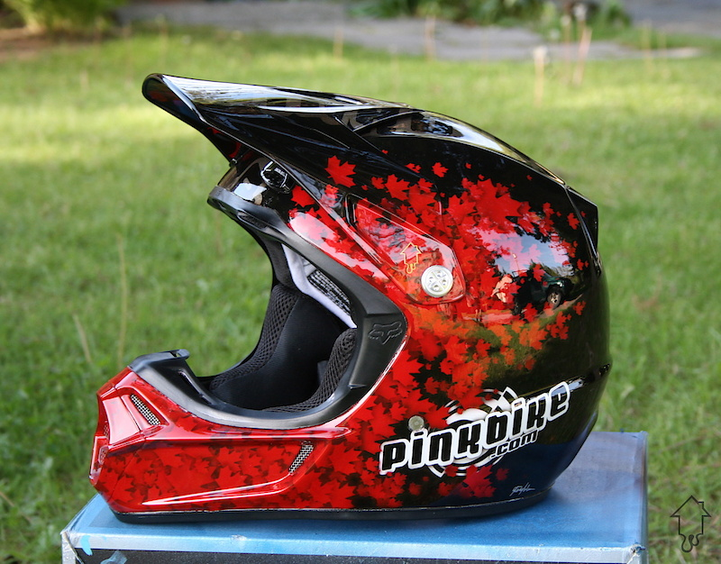 Various custom paint jobs by Painthouse customs from 2010.
