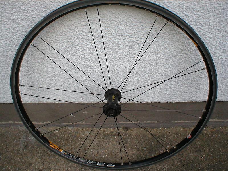 Rolf Dolomite 650g front wheel. £35