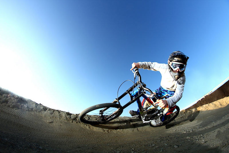 photo by; http://grander.wordpress.com http://grander.pinkbike.com/