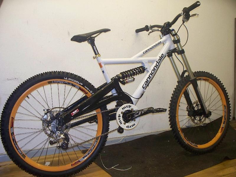 Cannondale Bikes For Sale >> 2009 Cannondale Gemini DH - top spec. For Sale