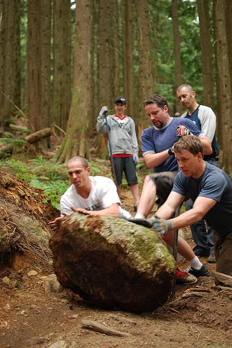 Team work! Photo Daniel Lui
