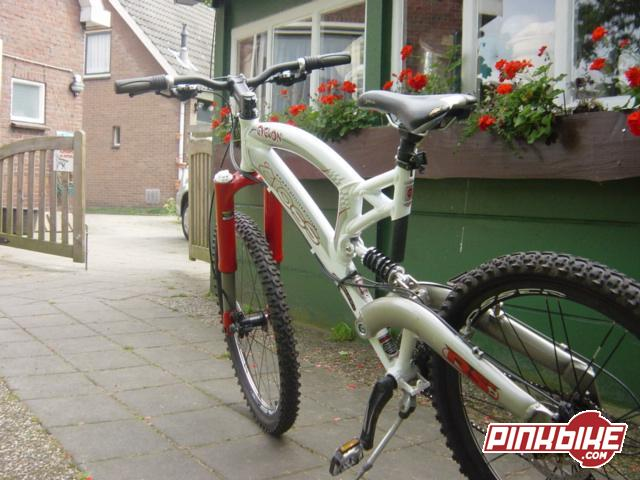 Pinkbike Buy Sell >> Buysell At Buysell In Sleen Netherlands Photo By Fantaman Pinkbike