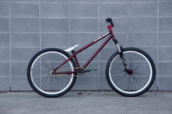 Wes' new pinscher!  spec etc. up on oakbaybikes.com soon!