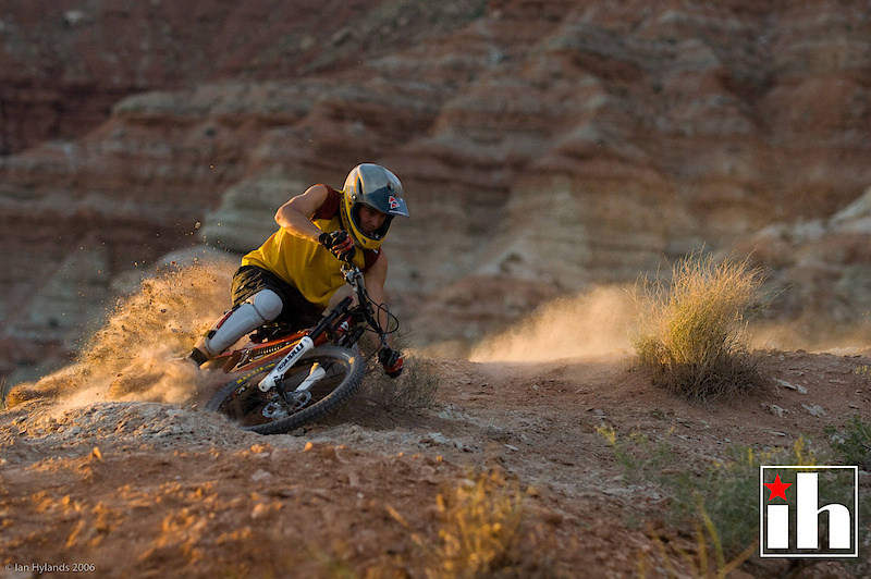 Super warm evening light. This photo was taken less than 3 or 4 minutes before the sun disappeared. Mike Kinrade, almost dragging bars in Utah