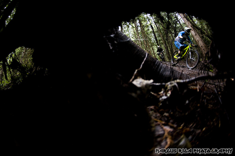 Curtis Robinson and Al Crisp, testing out the new Knolly Podiums on Squamish's most famous DH trail: Nineteenth Hole.