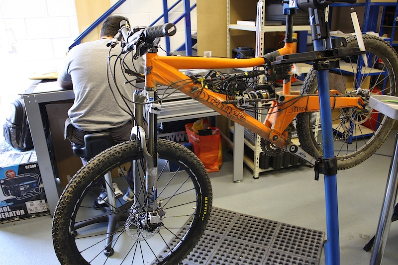 An Orange Five fully kitted out with data-loggers. You don't need to have a full blown DH rig to get the most out of running a proper setup.