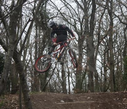 Little whip... Little testing session with the Fox DHX RC2.