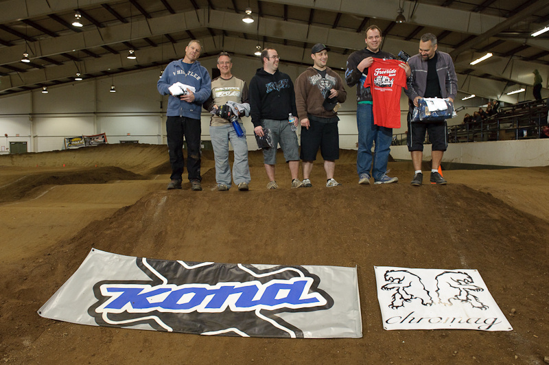 The Vet Open Mens class made for the creakiest, sore-est, grumpiest podium in the history of all sporting events.  Just kidding, the only difference between them and the kids were....no wait, they can't afford their bikes either.