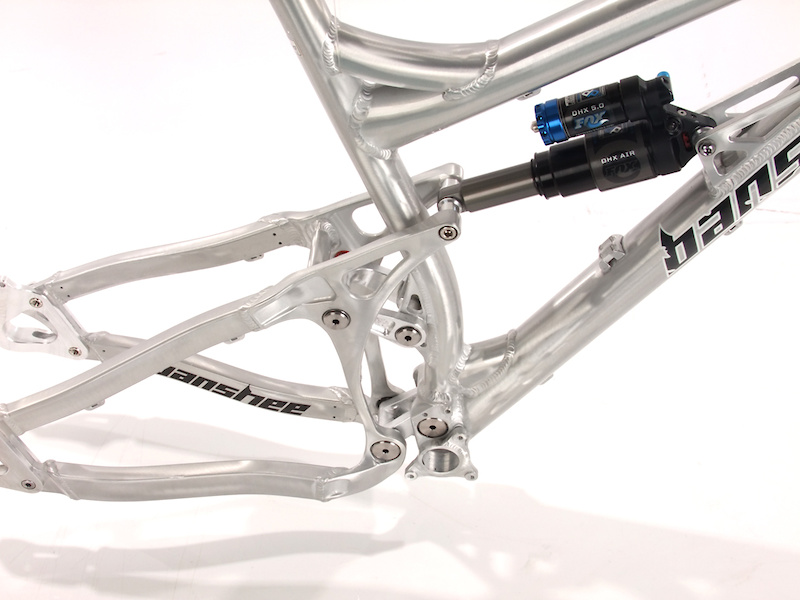 The bike can be fitted with either a coil or air depending on the rider's preference.