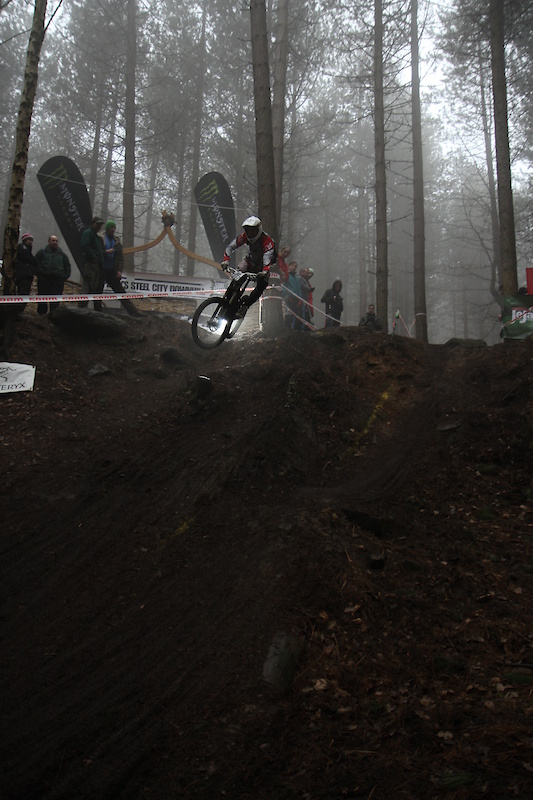 Tom 'TopKat' Kelly was owning the step down for the SPS in this photo which also captures the ''damp and dank'' conditions