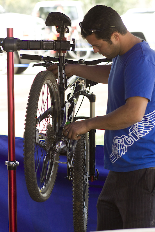 Eric Carter's mechanic gets everything dialed in for the team