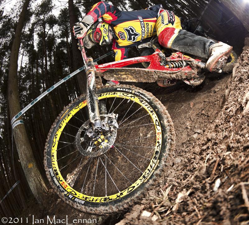 Alpine Bikes Round 2 Race Report photo's by Ian MacLennan.