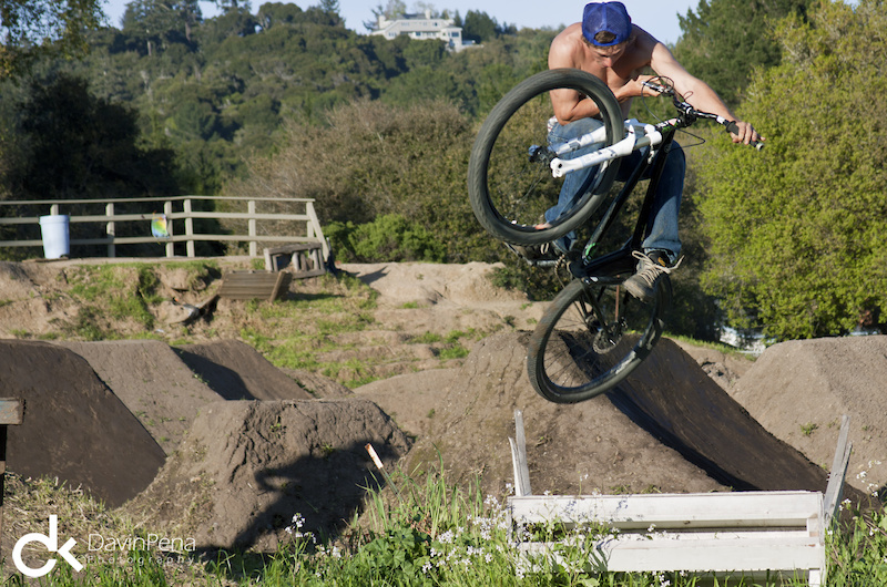 Not one to sit and watch, Cob joins in on the ghetto-ramp party.