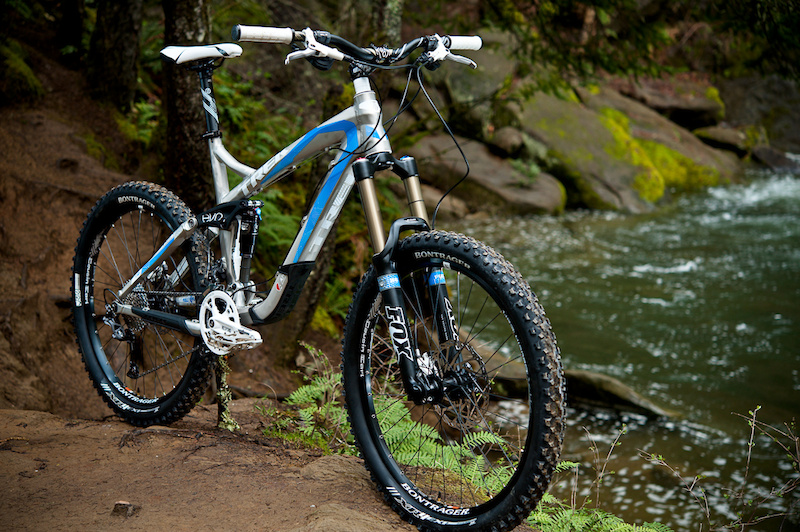 The 2011 Trek Scratch Air is quite the versatile steed to consider if you are a full-mountain assaulter who can only own, or only wants to maintain, one bike.<br><br><span style='font-size:17px'>Trek Scratch Air details:</span><br><br>- Designed to be a middle ground between an all-mountain bike and a gravity bike<br>- 170mm (6.7 inches) of rear wheel travel<br>- 160mm (6.3 inches) or fork travel<br>- Fox 36 Float R fork and Fox Float RP-2 shock<br>- Adjustable geometry (66/66.6 degree head angle)<br>- Uses Trek's ABP and Full Floater suspension<br>- MSRP $3879.99 USD