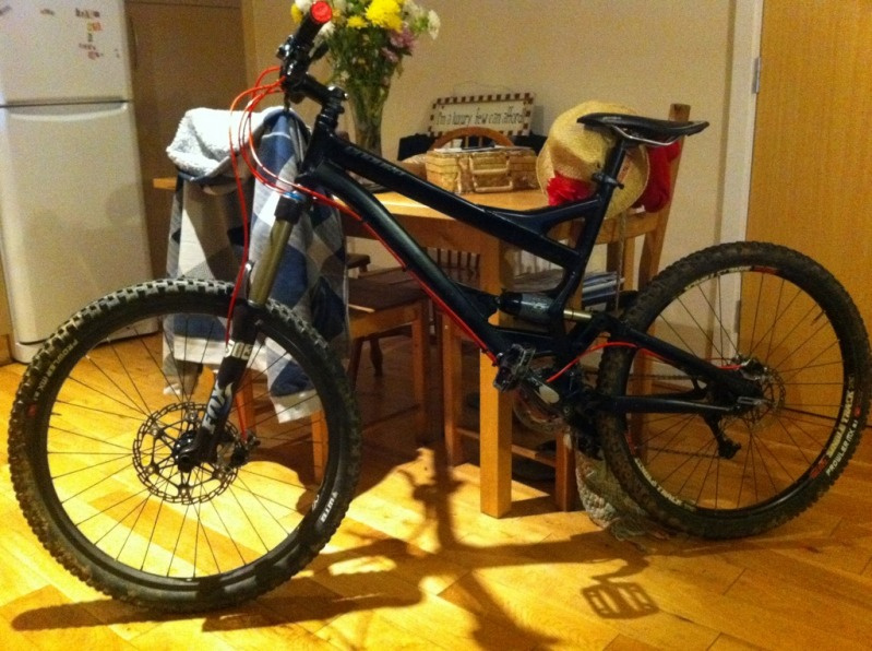 my 2005 enduro elite project, spec so far is:  2007 Fox 36 Talas Hope mono mini pro with 203 front rotor amd stock 160 on back Hope pro 2 hubs laced to sun singletrack rims 5th element rear shock XT Cranks XT front and rear mech e-13 bash ring Superstar red hose kit Superstar grips  Stock enduro bars and stem