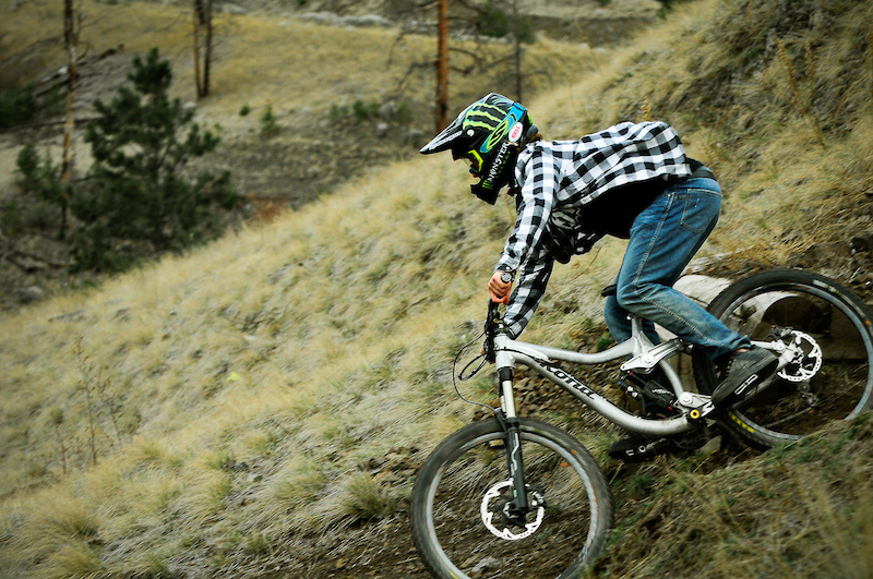 c2a1cc4bad4 2012 Kona Entourage Sneak Peek Extravaganza - Pinkbike