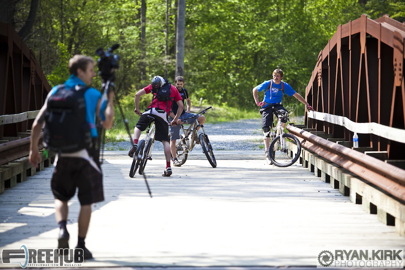 The Freehub crew saddles up for a day of shooting on the Daniel Ridge trail in Brevard, NC.