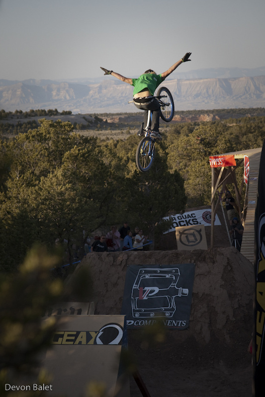 Kelly McGarry broke out with a top to bottom trick fest.