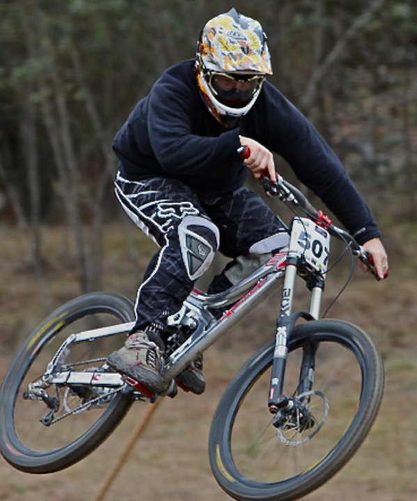 The co-owner of Avanti-Plus Wollongong, Kegs, competing in the New South Wales State titles held in Lithgow.