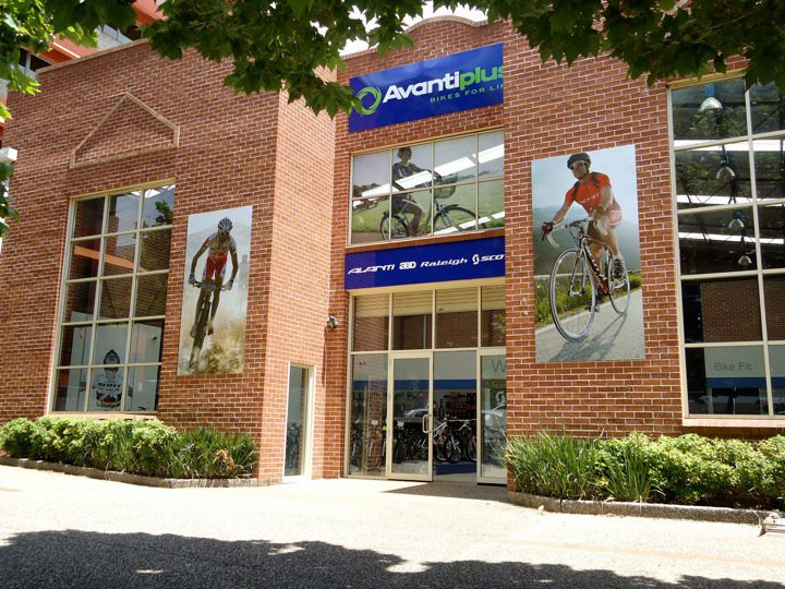 Avanti-Plus Wollongong new shopfront, looking prime. Go in and check it out