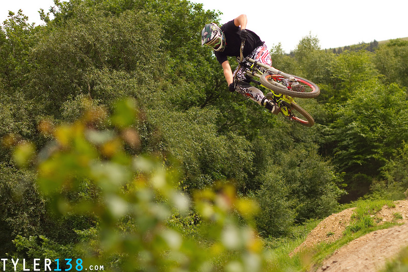 Also another Brendan Fairclough snap, Managed to catch him at the local track at Cwmcarn.