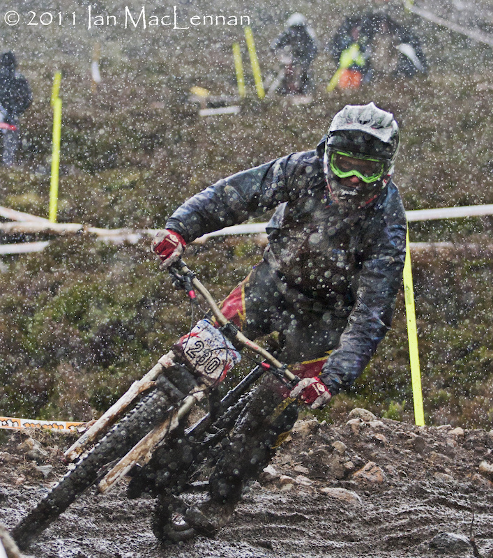 This is why we are the top DH nation in the World, we don't let a spot of rain put us off.
