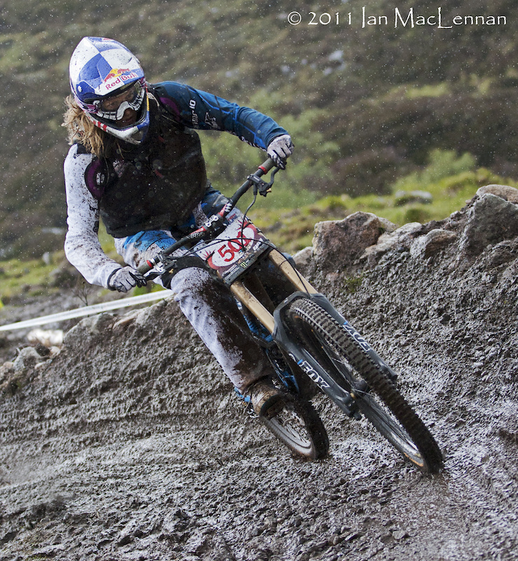 Rachel Atherton will be at Fort William, no upside down forks on show today though