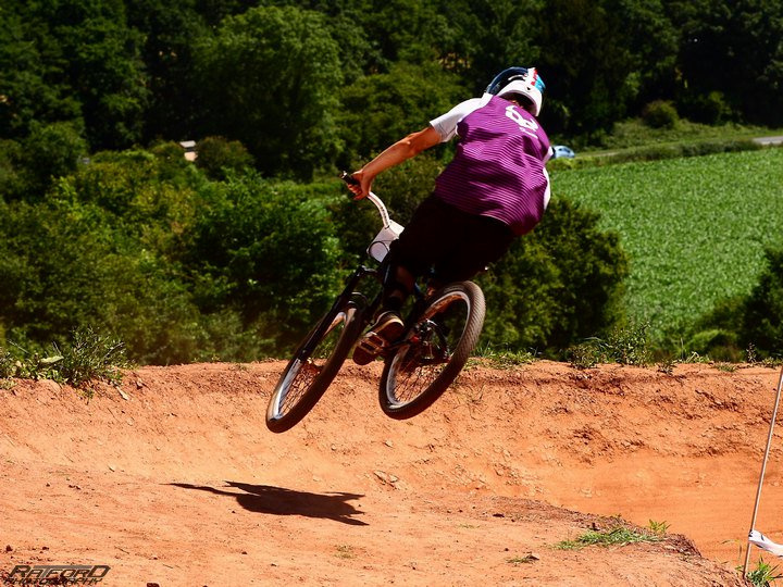 hip on 4x   pics by Christopher Ratford