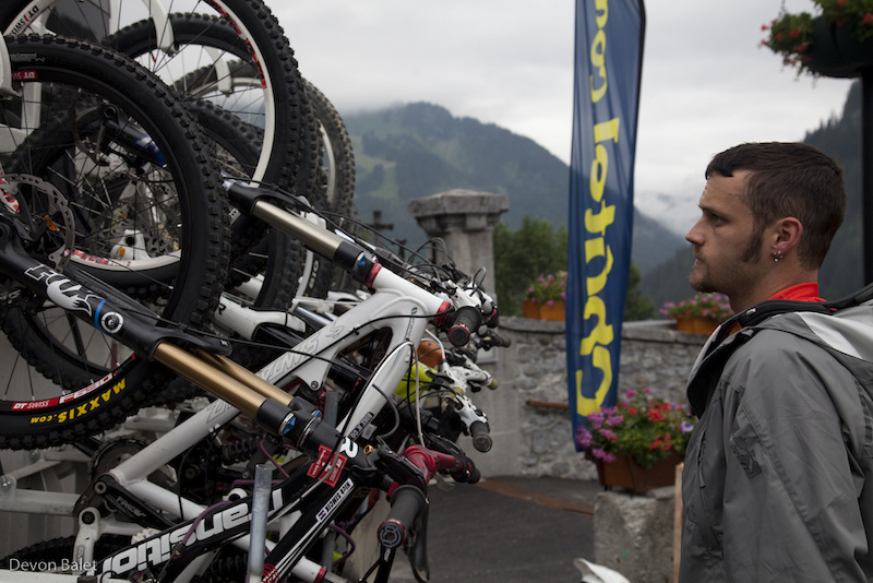 Local buses have some serious bike racks. Nick checking over his bike before heading up to the mtn.