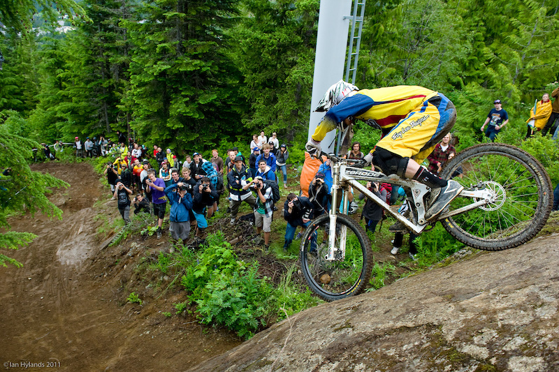 Dodzy putting the Zerode to the test on the Canadian Open DH track. Dropping off of Heckle rock.